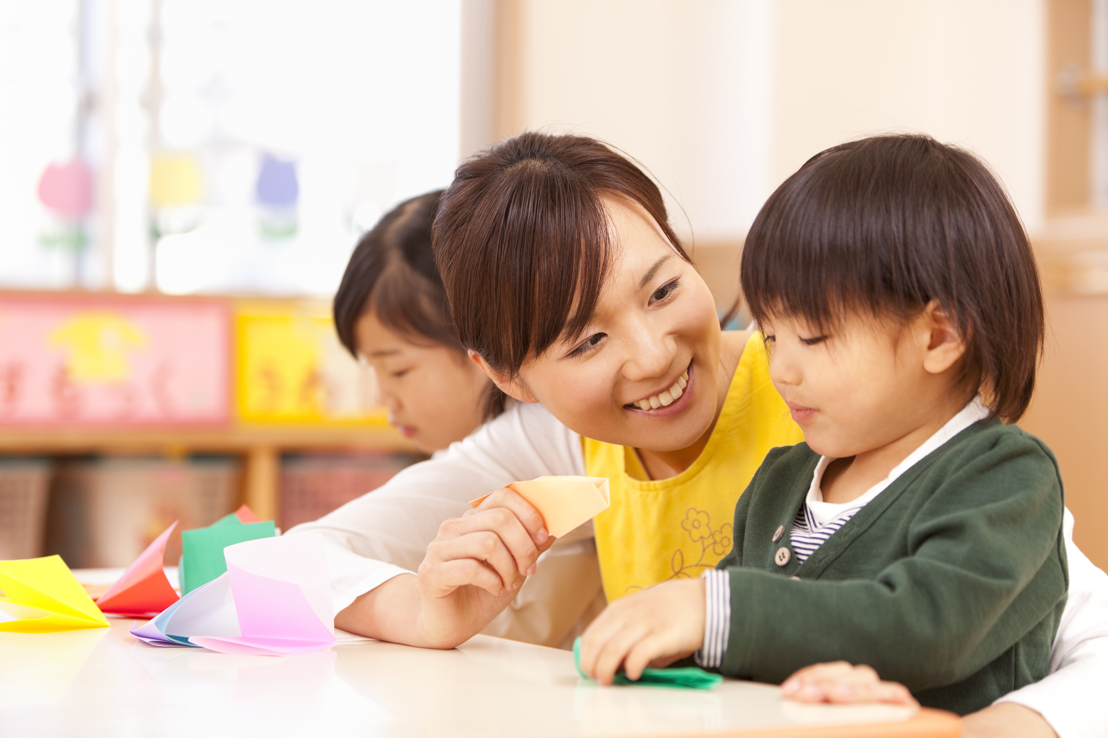 3歳まではおうちで見るべき?幼稚園派の私が保育園に通わせようと決めた理由